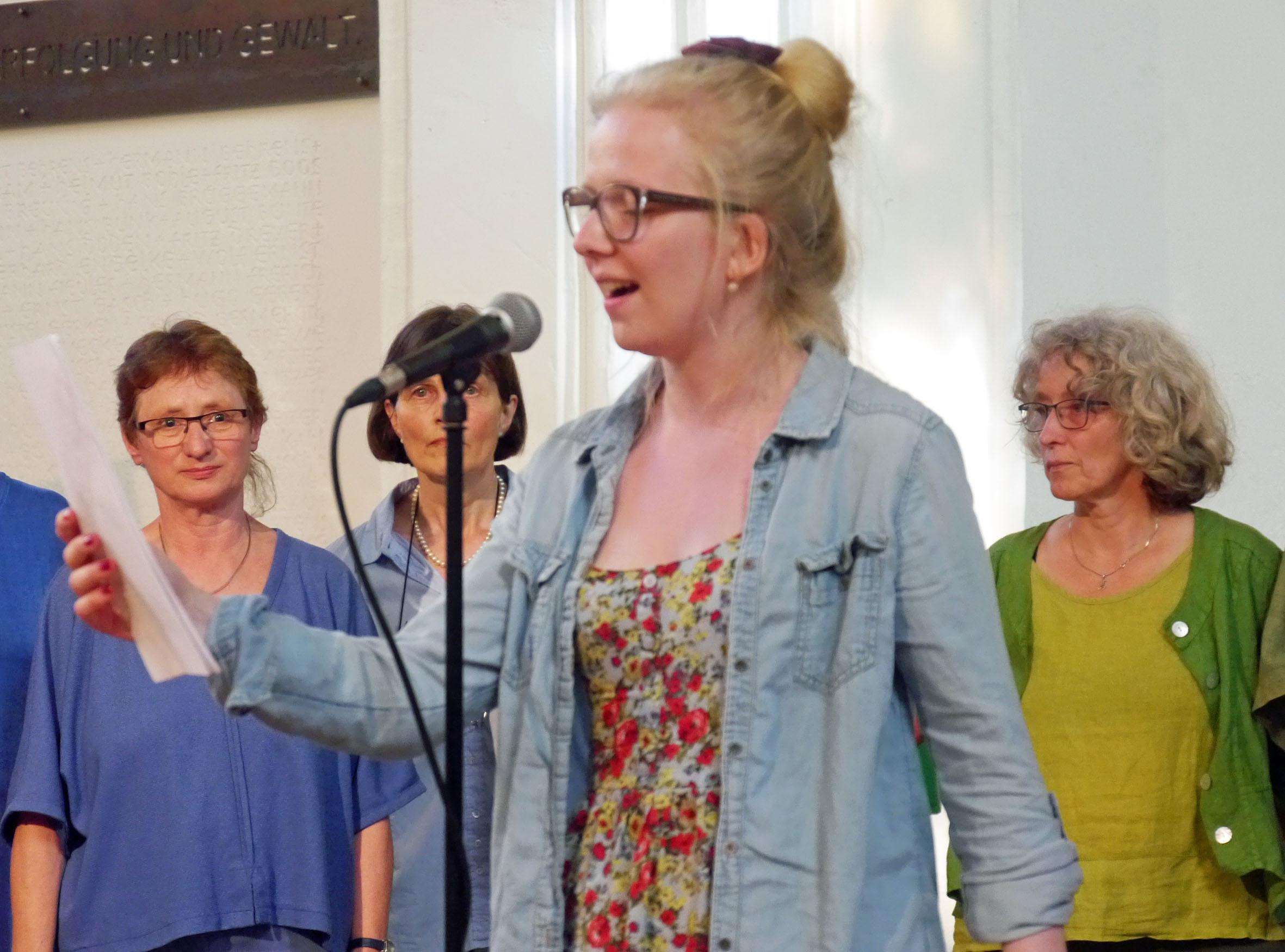 Poetry Slam Einlage von Mareike Henken